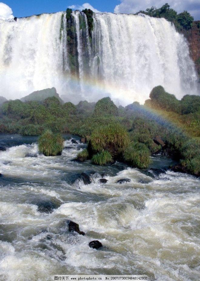 瀑布的 蓝天 白云 彩虹 大瀑布 摄影图 自然景观 自然风景 瀑布图片
