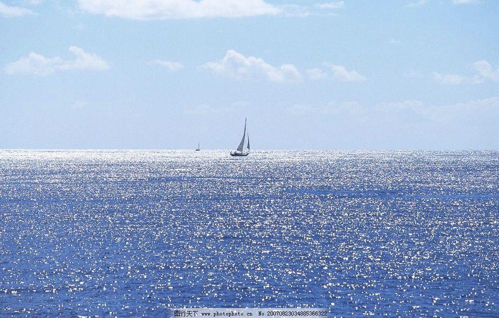 亮闪闪的海水 帆船 船舶 大海 海洋 海水 大海图片 大海的图片 大海