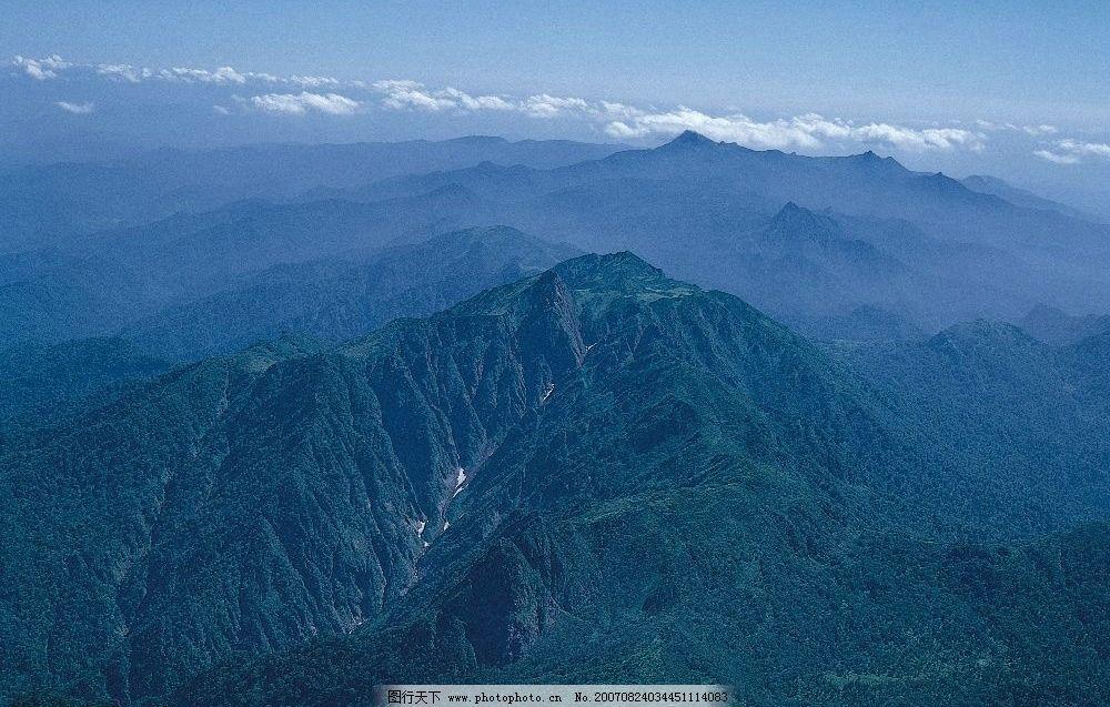 绵绵大山 大山 山 树林 树木 树 自然景观 山水风景 美丽的大自然