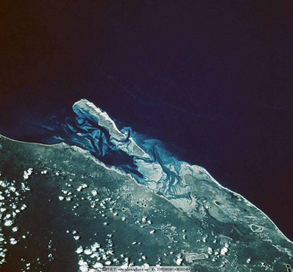 空中看地球 俯视地球 空中俯视地球 太空俯视地球 从太空看地球 太空看地球 太空中看地球 在太空看地球 地球太空图片 太空看地球图 太空中的地球 从太空中看地球 宇宙中的地球 自然景观 其他 摄影图库 350DPI jpg