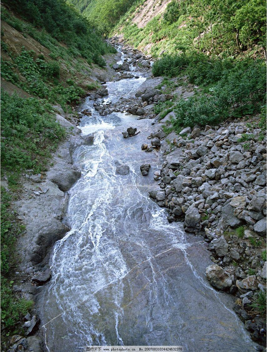 山间溪流图片_山水风景