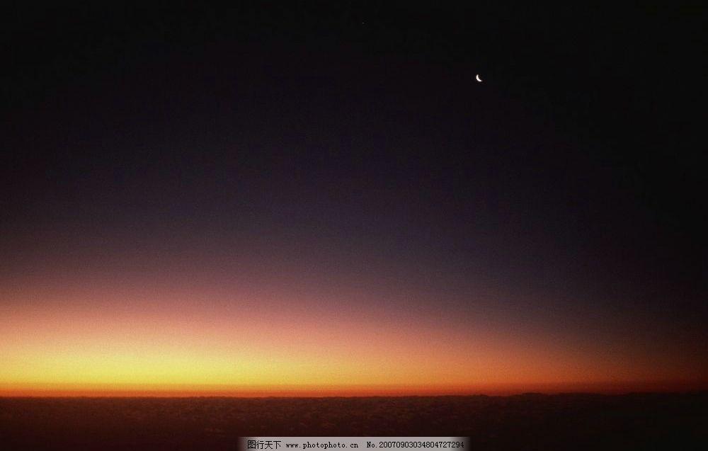 夜晚的天空图片
