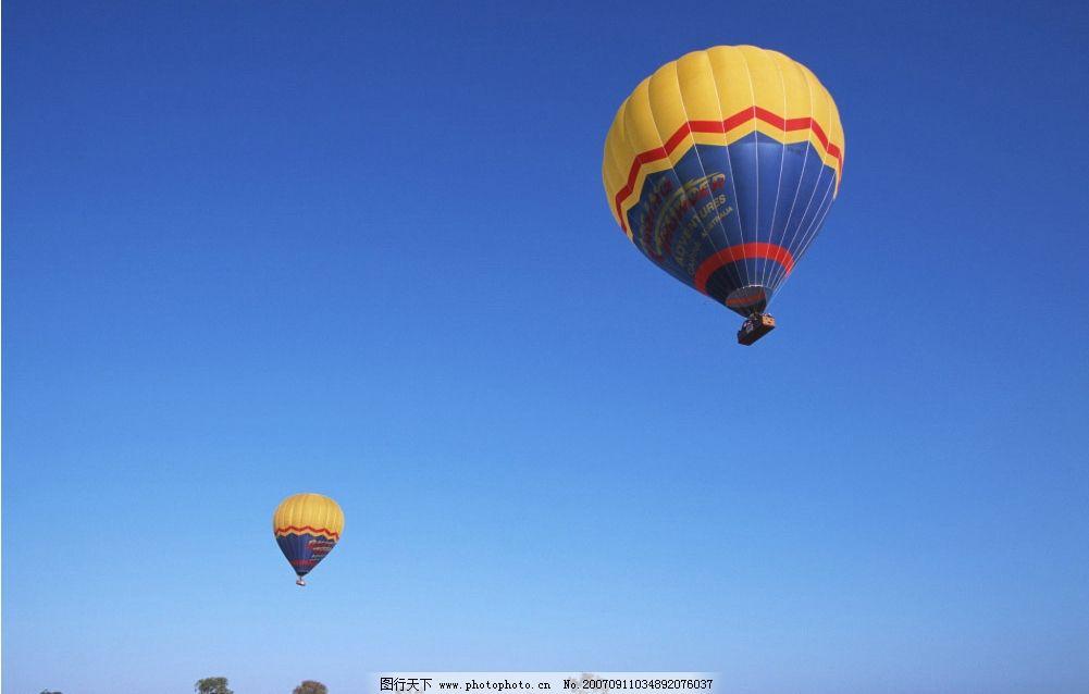 空中热气球 蓝天 自然景观 自然风景 蓝天风景 摄影图库   350 jpg