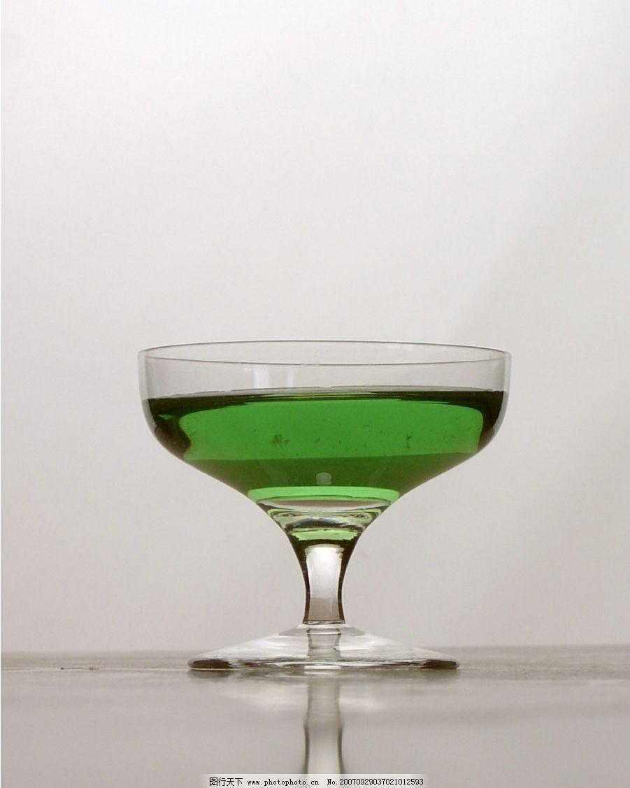 酒杯 摄影 生活百科 生活素材 酒杯杯子 摄影图库 96 jpg